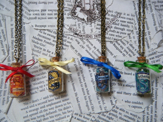 Items similar to Harry Potter Hogwarts House Points Vial ...