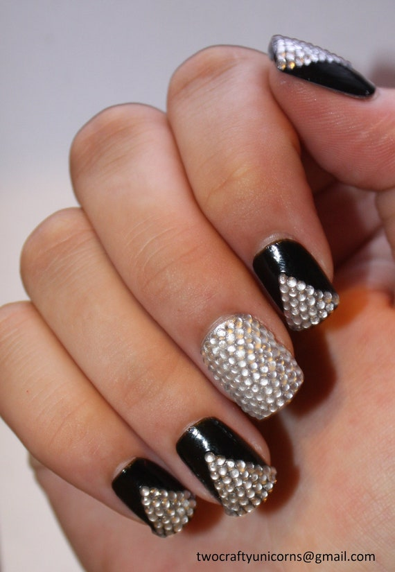 how to put rhinestones on nails