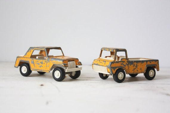 Vintage Cast Iron Toy Cars - Set of 2