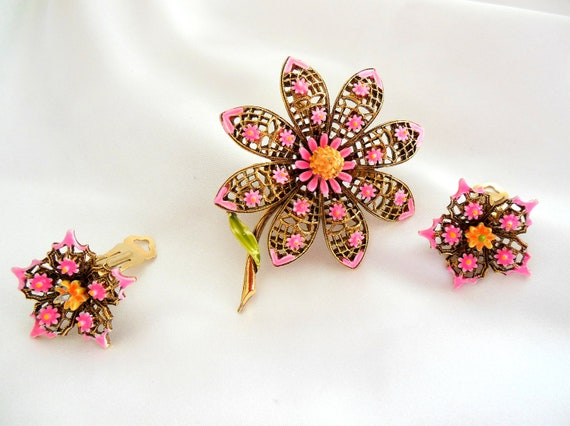 Vintage Demi Parure Pink Flower Brooch and Earring Set by ART