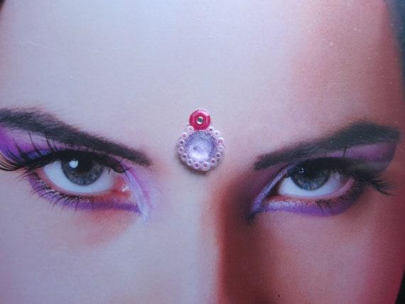 Bindi - cute dark pink, light pink beats and lilac purple rhinestone with a little white rhinestones. a beautifull face decoration.