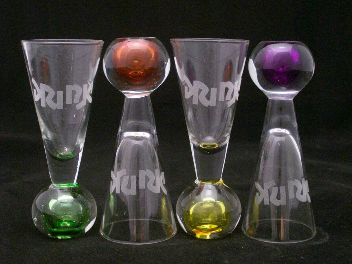 4 Drink Drunk Etched Shot Glasses With Color Dot Bottom