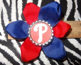 Sporty Bottlecap Baseball Philladelphia Phillies Hair Bow on Lined Alligator Clip