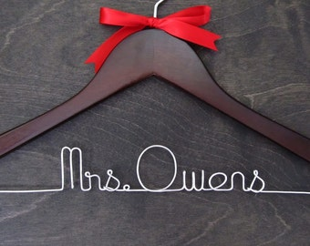 Mrs Hanger, Wedding Name Hanger, Bridal Name Hanger, Custom Name Hanger, Personalized Name Hanger, Bridal Gift Hanger, Walnut