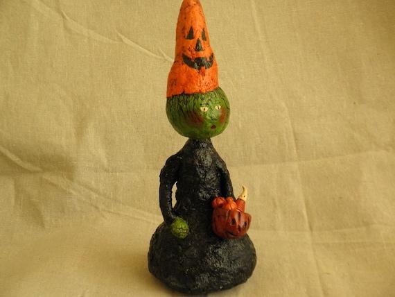 Sculpted Paper Mache Halloween Witch