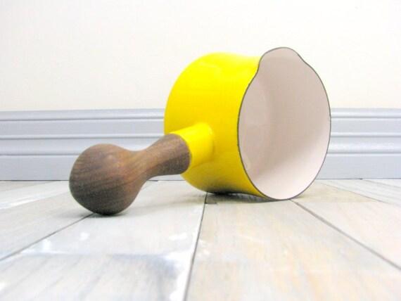 Tiny Lemon Kobenstyle Fondue Pot