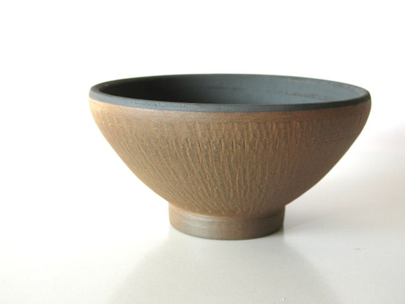 pottery bowl - wheel thrown bowl - ethnic ceramics - tribal home decor - textured surface