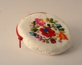 Hand embroidered round purse with hungarian matyo rose - heringbone white cotton - white and red - flower