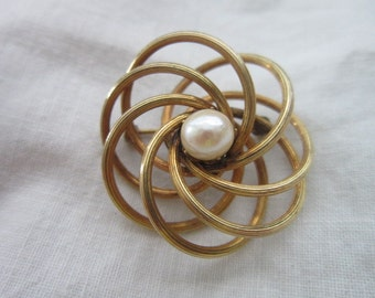 Lovely Vintage 12K Gold Filled & Real Pearl Brooch Pin