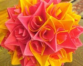 Paper Centerpiece Yellow and Pink Star Pattern
