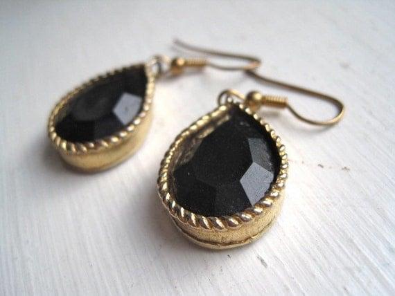 "1.5"" drop gold & black faceted bead (simulated onyx) teardrop dangle earrings"