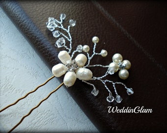 Bridal Hair Pins, Wedding Hair Accessories, Swarovski Pearls Rhinestones, Bridesmaid Hairdo, Gold or Silver, Flower clip, Maid of honor gift