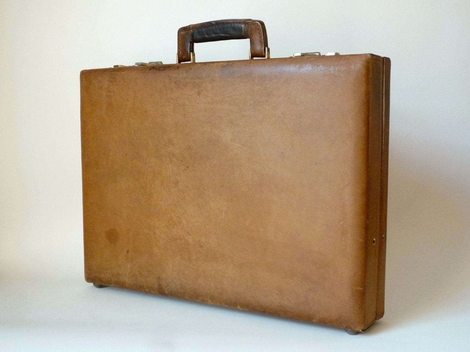 Vintage Renwick Briefcase Tan Leather Distressed Men S