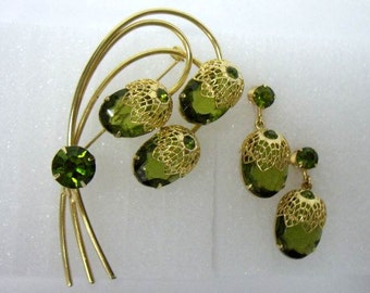 "Vintage DeLizza Elster for Sarah Coventry ""Touch of Elegance"" Brooch Earring Set"
