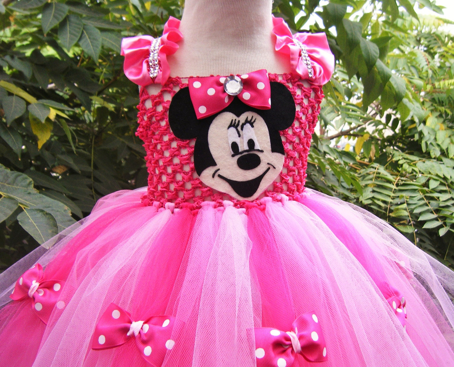 Magnificent Minnie Mouse Gown Photos - Wedding and flowers ...