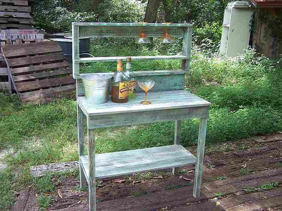 Margarita Bar Shabby Cottage Chic, Recycled, Reused, Reclaimed Pallet Wood