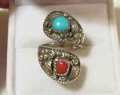 Vintage sterling silver 925 Native American turquoise coral ring