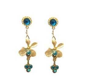 Elegant Gold Crystals and Turquoise Post Earrings - Ocean Blue Swarovski - Formal Jewelry - Gold Flower