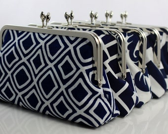 Navy Bridesmaids Clutches / Navy & White Wedding Purses / Wedding Gift - Set of 5