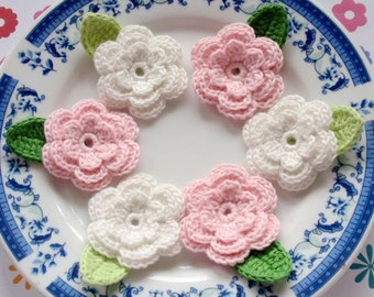 6 Crochet Flowers With Leaves In Off White, Lt Pink  YH-014-05