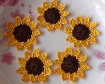 5 Crochet Sunflowers in 1-3/4 inches YH-045