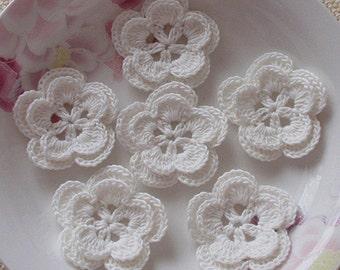 6 Crochet Flowers In Off white YH-022-05