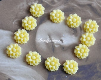 8 PCS Resin Cabochon 14mm Mini Crysanthemum Flower Cabochons Beautiful Colors Supplies For Handmade Vintage Jewelry Embellishment---RF9-13