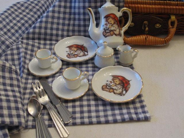 Tea Set Hummel Reutter Germany Miniature Porcelain Umbrella