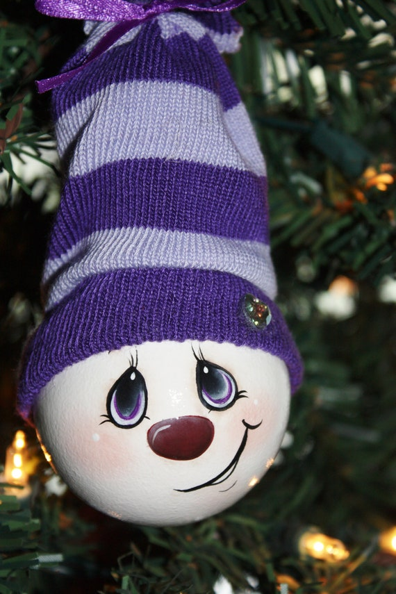 Hand Painted Pretty In Purple Light Bulb Ornament