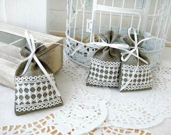 Set of 100 - Wedding favor bags - Natural Rustic Linen Wedding Favor Bag or Candy Buffet Bag or Gift Bag