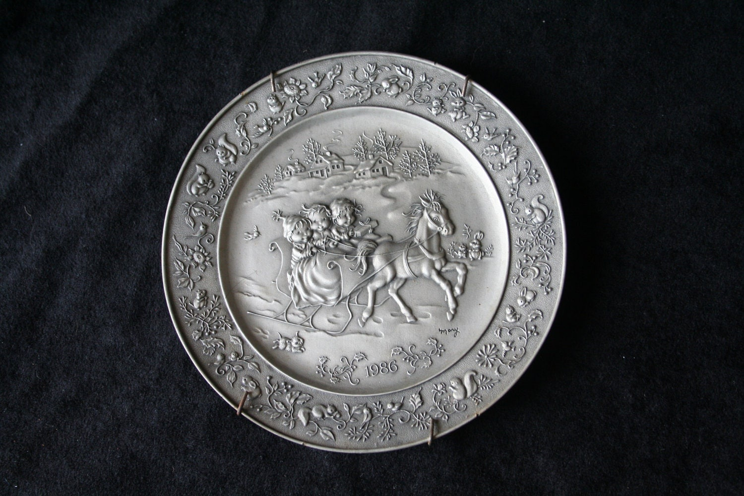 Pewter Plate Hallmark Chart England: Pewter Collectors Plate Hallmark 1986 Christmas By
