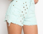 front dome studded distressed levi's denim jean shorts (mint)