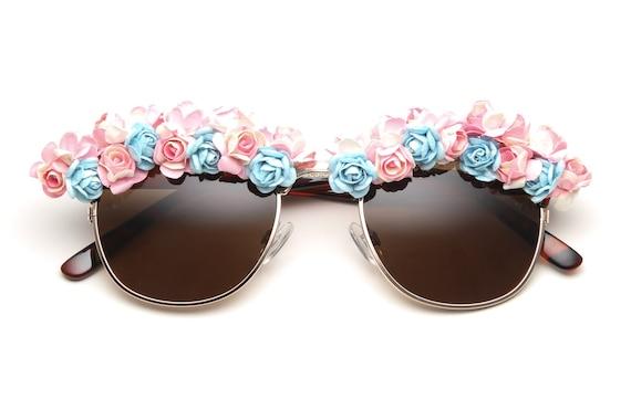 Victoria Flower Sunglasses (Pink/Blue/Tortoise)