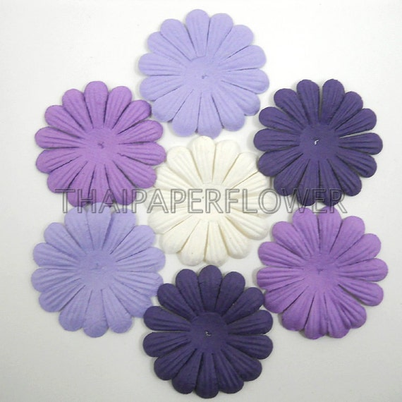 100 Large Die Cut Paper Flowers Daisy Scrapbook Card Making Craft Supply Mixed Purple Plum Lilac White 602/P700