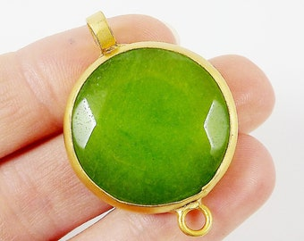 Apple Green Jade Round Connector Pendant - Facet cut - Gold plated Bezel - 1pc - GP186