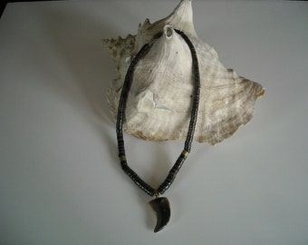 Vintage Seashell Shark Tooth Necklace...no13