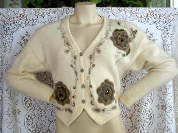 Vtg 80s Sweater Shrug Cardigan White Lambswool Angora Rabbit Appliqued Beaded Embroidered Bolero Sz Med