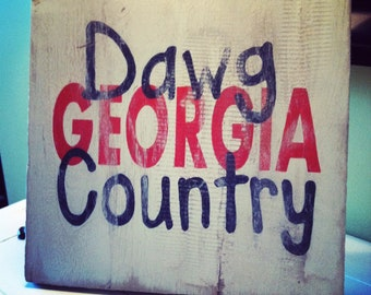 Georgia (UGA) Dawg Country distressed wooden sign