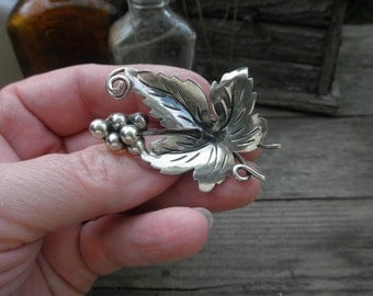 Vintage Mexican Grape Leaf  Pin