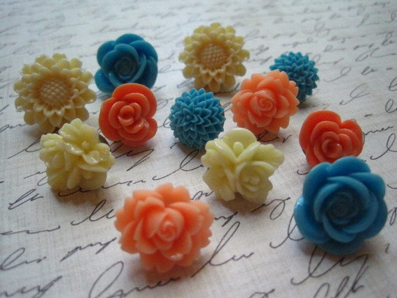 Flower Push Pin Set 12 pcs Coordinated Flower Thumbtacks in Orange, Blue, Cream, Wedding Decor, Housewarming Gifts, Hostess Gifts