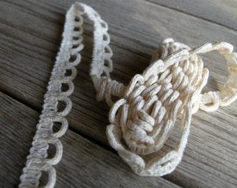 4 meters / Cotton Crochet Lace Trim / Beige cream colour