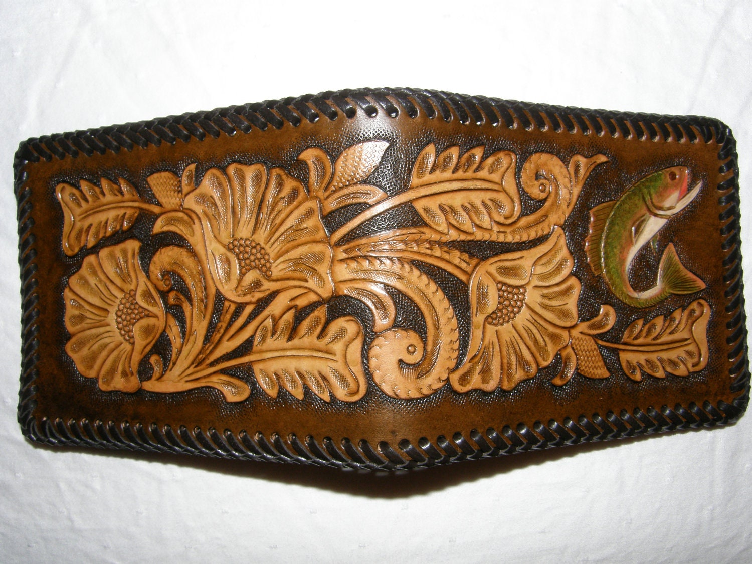 Hand-Tooled Leather Wallet / Fish Pattern