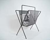 Mid Century Magazine Rack Black Metal Retro - CottonPickinDoodads