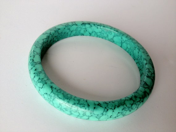 Rare Mint Green Marbled Bakelite Bangle