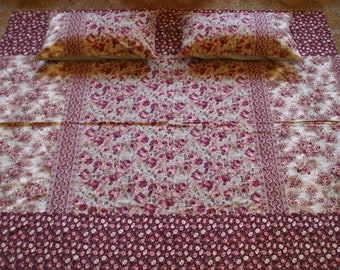 Cottage with Copper Buttons - King Duvet Set