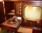 Mid-Century Motorola AM/FM/Turntable/TV Console
