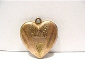 Antique 12k Gold Filled Locket Heart Unused Name Plate 20 x 22 mm 5.7 grams  #74