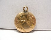 Antique Gold Filled Round Locket Filagree Design 17 mm  3.4 grams  #97