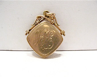 Victorian Gold Filled Locket Initials on Both Sides 20 x 27 mm  7.3 grams  #71
