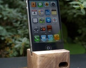 BLACK FRIDAY 33% OFF - Ecoustik iPhone dock - Walnut (shown in main image)